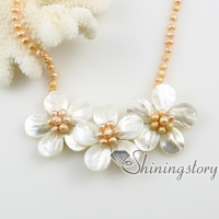 flower sea water white oyster shelland freshwater pearl necklaces