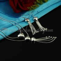 heart pendants necklaces and tassel earrings jewelry sets