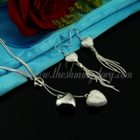 heart pendants toggle necklaces and dangle earrings jewelry sets