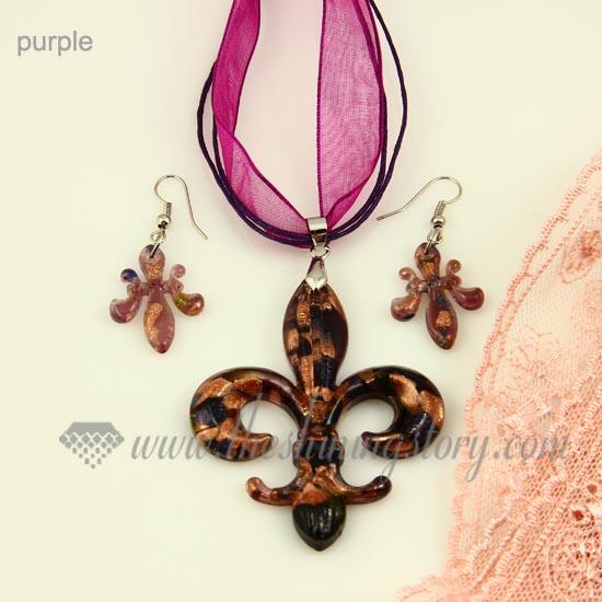 Fleur de lis venetian murano glass pendants and earrings jewelry fleur de lis venetian murano glass pendants and earrings jewelry purple aloadofball Gallery