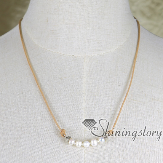 Natural pearl necklace choker bohemian choker necklaces simple pearl freshwater pearl choker necklaceslide to adjust length spsb1053zz5 aloadofball Gallery