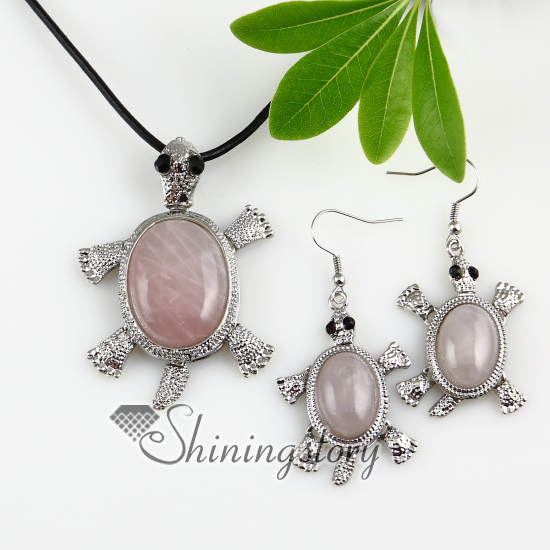 Sea turtle move amethyst rose quartz jade semi precious stone sea turtle move amethyst rose quartz jade semi precious stone necklaces pendants and dangle earrings jewelry mozeypictures Gallery