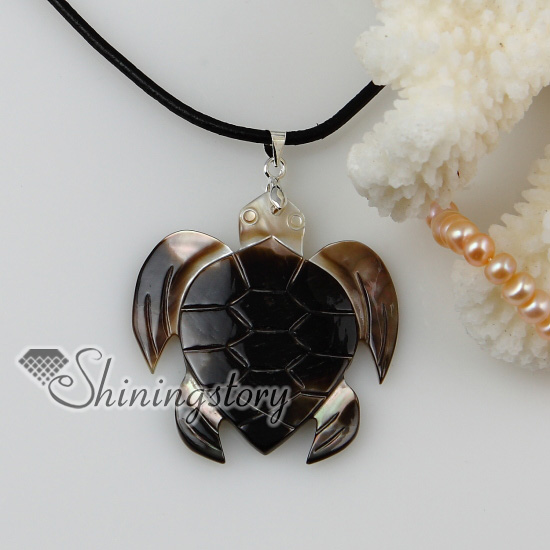 Sea turtle patchwork sea water shell mother of pearl pendants sea turtle patchwork sea water shell mother of pearl pendants leather necklaces jewelry design b aloadofball Choice Image