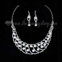 formal wedding bridal rhinestone pearl necklaces and earrings
