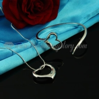 heart pendant necklaces and cuff bangles bracelets jewelry sets