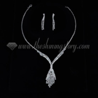 wedding bridesmaid prom rhinestone tassel necklaces and earrings